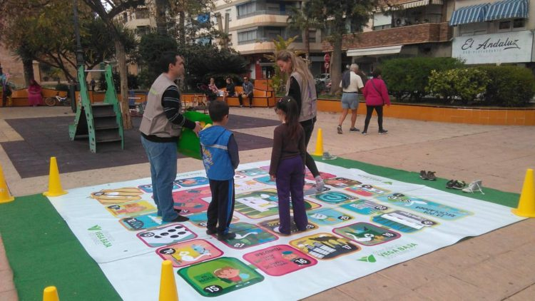 More than 6,000 people participate in the street actions of the Consorcio Vega Baja Sostenible in the month of April